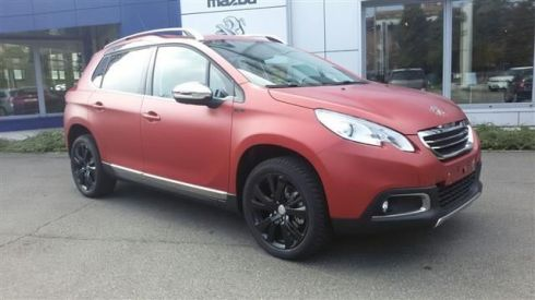 PEUGEOT 2008 BlueHDi 120 S&S Black Matt Limited Edition