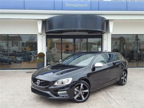 VOLVO V60 D2 Geartronic R-design