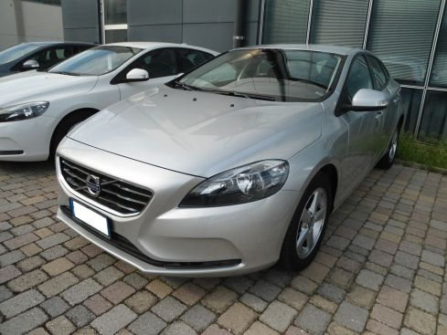 VOLVO V40 D2 1.6 Business Edition