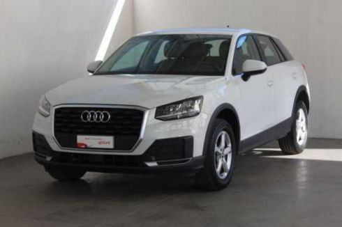 AUDI Q2 30 TDI S tronic Business
