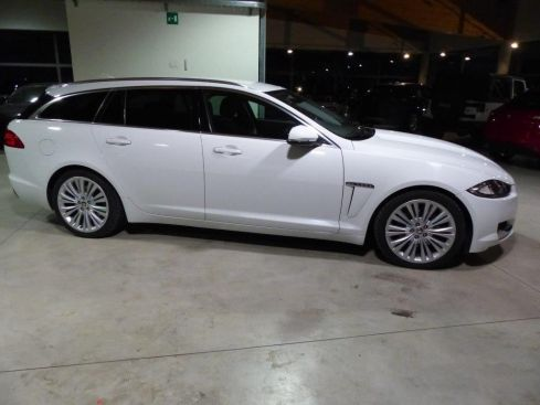 JAGUAR XF SPORTBRAKE 3.0D EXECUTIVE