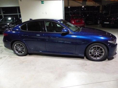 ALFA ROMEO Giulia 2.2 MJ AT8 SUPER