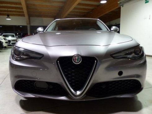 ALFA ROMEO Giulia 2.2 Turbodiesel 180 CV AT8 Super