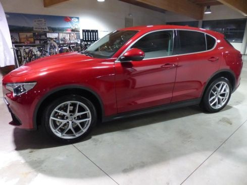 ALFA ROMEO Stelvio 2.2 MJ AT8 Q4 EXECUTIVE