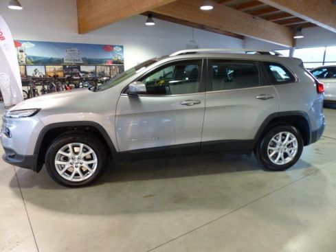 JEEP Cherokee 2.2 MJ 4WD LONGITUDE AT9