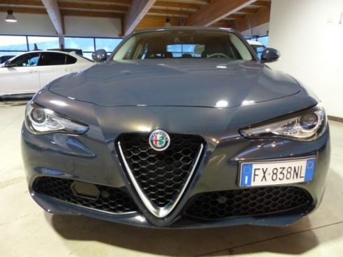 ALFA ROMEO Giulia 2.2 Turbodiesel 160 CV AT8 Executive