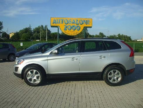 VOLVO XC60 XC60 D4 AWD Geartronic Momentum