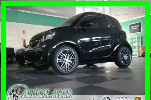SMART ForTwo BRABUS EXCLUSIVE C-led*Navi*Pelle tot*Telecamera