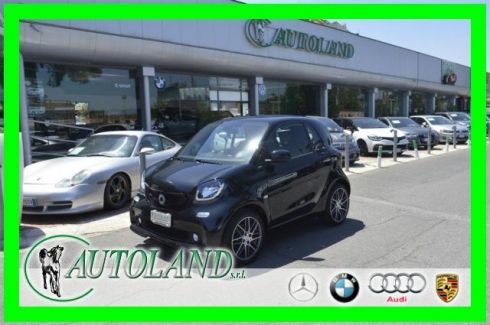 SMART ForTwo BRABUS 0.9 Turbo twinamic Jbl Navi C-led *FINANZ*