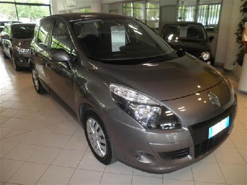 RENAULT Grand Scénic scenic xmod 15 dci Attract conf 110cv