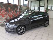 VOLKSWAGEN GOLF HIGHLINE + R.LINE