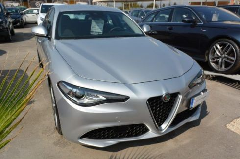 ALFA ROMEO Giulia 2.2 Turbodiesel 180 CV AT8 Eco Business