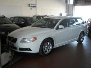 Volvo V70 D2 Geartronic Kinetic