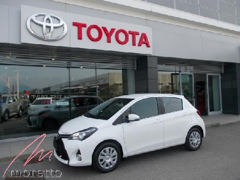 TOYOTA Yaris 1.0 5 porte Active MY15