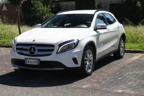 MERCEDES-BENZ  GLA 220 CDI 220 CDI Automatic 4Matic Executive