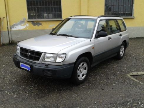 SUBARU Forester 4WD 2.0 16V cat