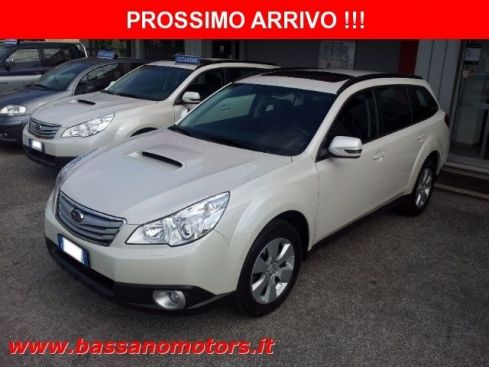 SUBARU Outback 2.5i Bi-Fuel CVT  Exclusive