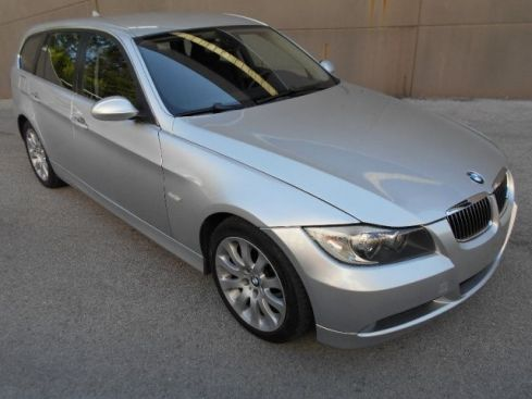 BMW 330 xd cat Touring Attiva