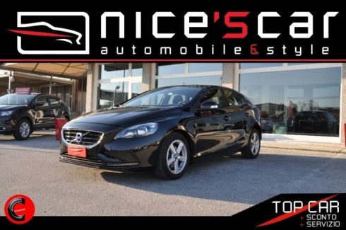 VOLVO V40 D2 1.6 Business Edition * NAVI