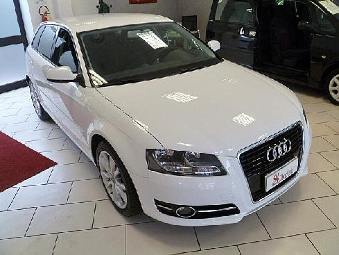 "AUDI A3 SPB 1.6 TDI 105 CV CR Ambition ""STUPEND"