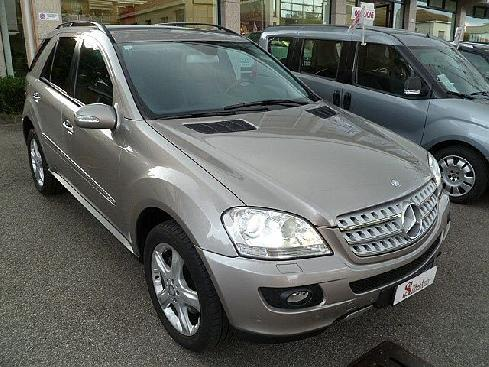 "MERCEDES-BENZ ML 320 CDI Sport  "" SOLO 60.000 KM !!!!! \"""