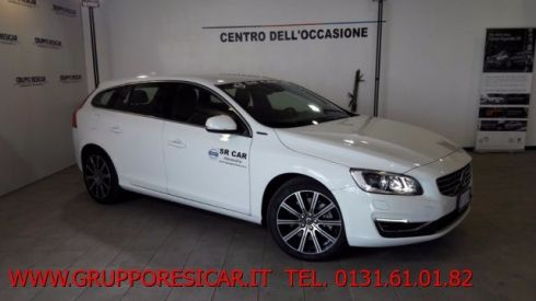 VOLVO V60 V60 D6 Twin Engine Geartronic Summum AZIENDALE