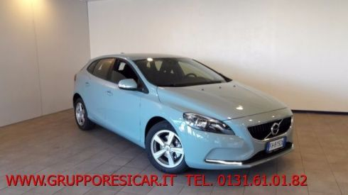 VOLVO V40 D2 Kinetic KM ZERO + TRAVEL PACK