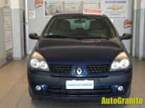 RENAULT CLIO 1.2 16V CAT 3 PORTE EXPRESSION Second-hand 2002