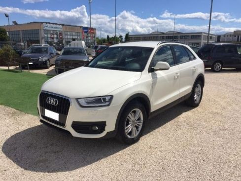 AUDI Q3 2.0 TDI Business
