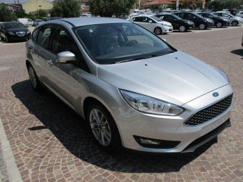 FORD Focus 1.5 TDCi 95 CV S&S Business + Navi