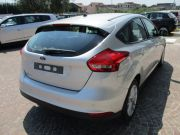 FORD FOCUS 1.5 TDCI 95 CV S&S BUSINESS + NAVI Km 0 2015