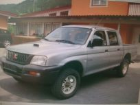 MITSUBISHI L200 2.5 TDI 4WD DOUBLE CAB PICK-UP GL Usata 2002