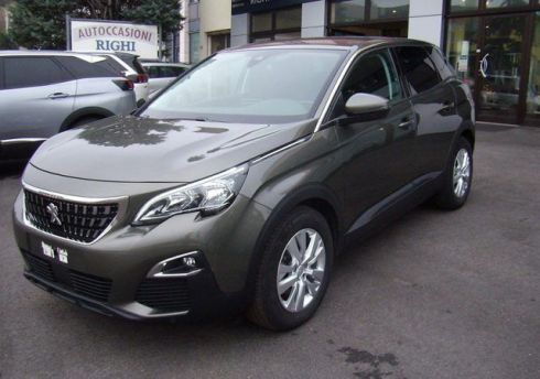 PEUGEOT 3008 BlueHDi 130 EAT8 S&S Business