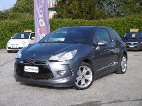 CITROEN DS3 1.6 HDi 90 So Chic /Pelle/Navi