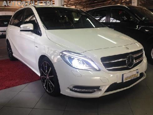 MERCEDES-BENZ B 200 CDI BlueEFFICIENCY Premium * AUTOM + NAV
