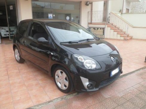RENAULT Twingo 1.2 16V Initiale