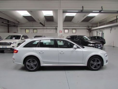 AUDI A4 Allroad 3.0 V6 TDI 245 CV S tronic Business Plus TETTO PAN