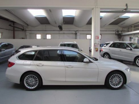 BMW 320 d Touring Luxury - navy - cambio autom. - xenon -