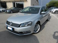 VOLKSWAGEN PASSAT 2.0 TDI DSG HIGHLINE BLUEM. TECH.