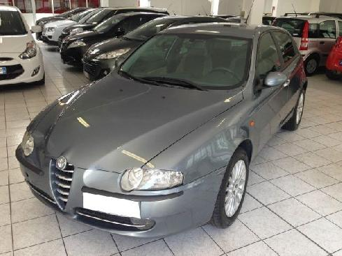 ALFA ROMEO 147 1.9 JTD (115 CV) cat 5p. Distinctive NAV