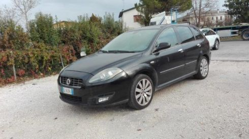 FIAT Croma 1.9 Multijet 16V Must Tetto