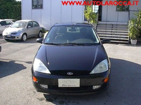 FORD Focus 1.8 TDDi cat 5p. Ghia  X  NEOPATENTATI