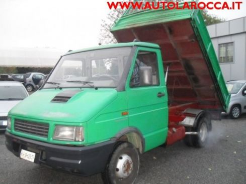 IVECO Daily 35. 8  PC RIBALTABILE TRILATERALE