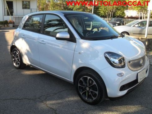 SMART ForFour 70 1.0 Passion  X  NEOPATENTATI