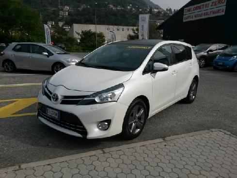 TOYOTA Avensis verso 1.6 D-4D Style 7 posti