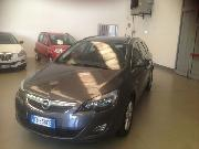 Opel ASTRA 1.6 T 180CV SPORTS TOURER AUT. COSMO S Usata 2011
