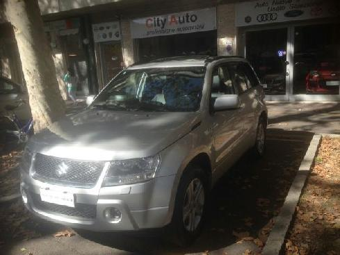 SUZUKI Grand Vitara 1.9 DDiS 5 porte Executive NAVI-TETTO A.