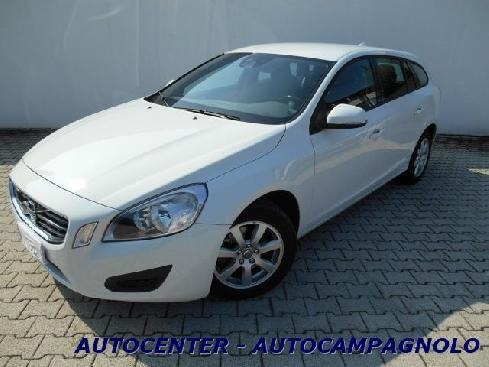 VOLVO V60 D3 Geartronic Kinetic