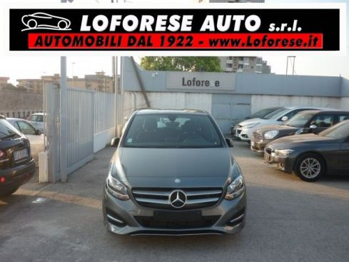 MERCEDES-BENZ B 180 d Automatic Business full