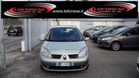 RENAULT Grand Scénic 1.9 dCi Confort